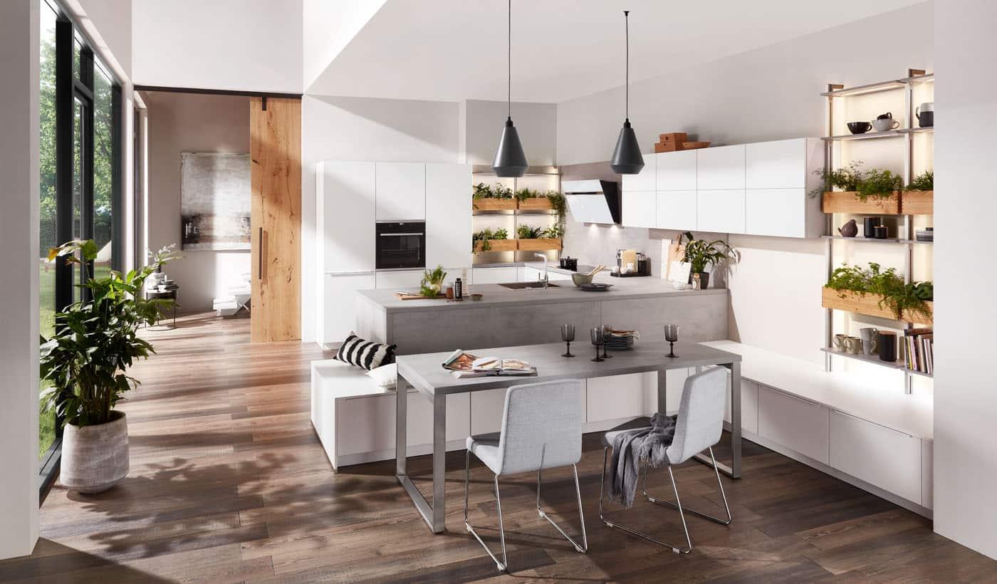 Wohnküche nobilia Laser mit Regale und Esstisch