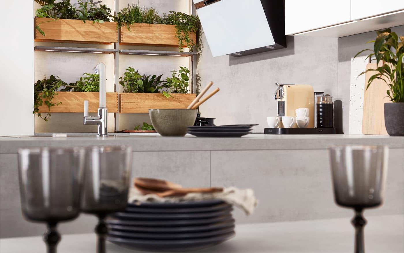 Moderne Küche nobilia Laser mit Regale