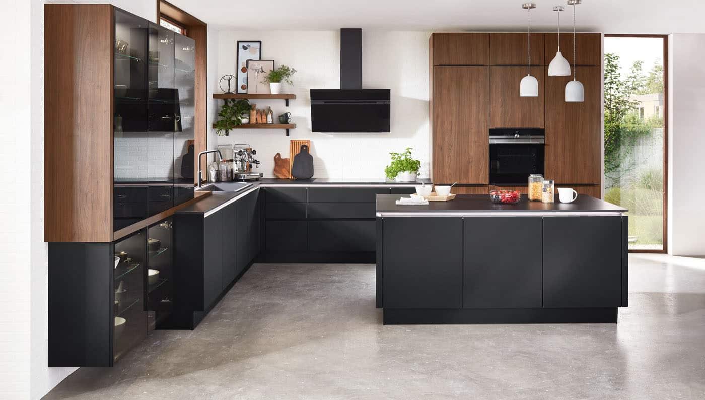 Design-Küche nobilia Riva Nussbaum/schwarz matt