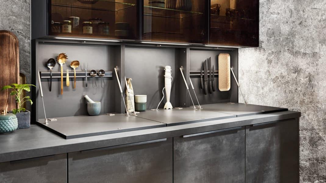 Trend-Küche nobilia Speed mit Klappentüren
