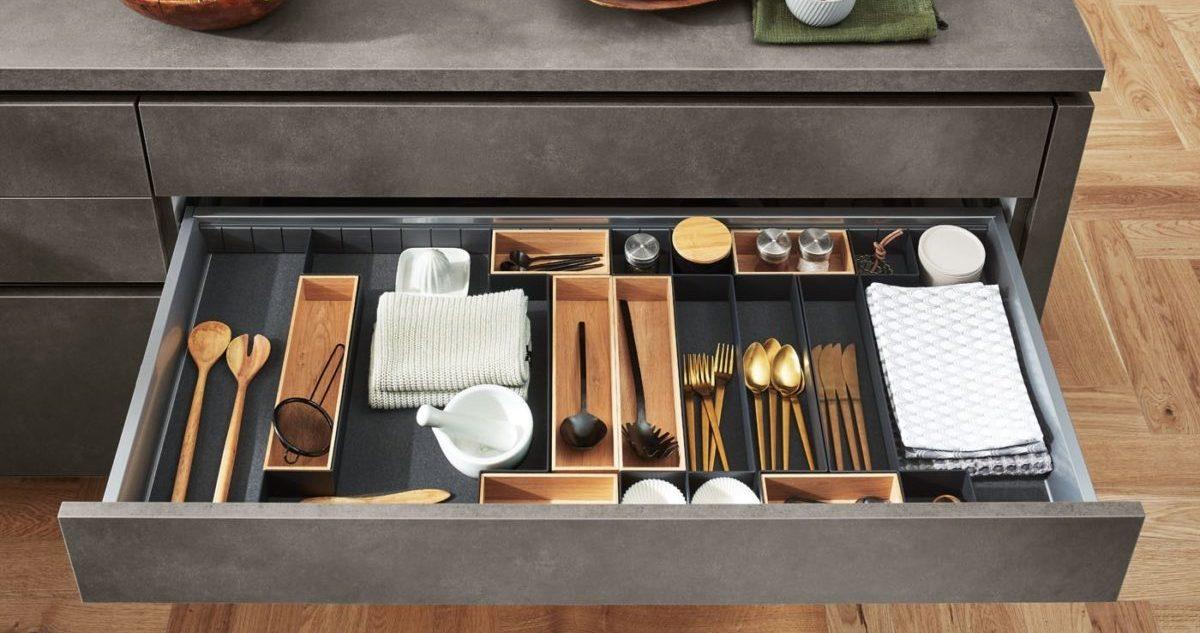 Moderne Küche Riva mit Betonoptik
