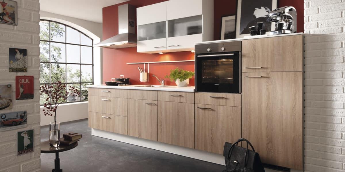 Einbauküche Cora, Holz-Front, Burger für Kitchen Concept