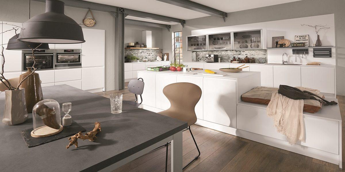Griffleistene Küche Inline mit Kocheninsel, nobilia