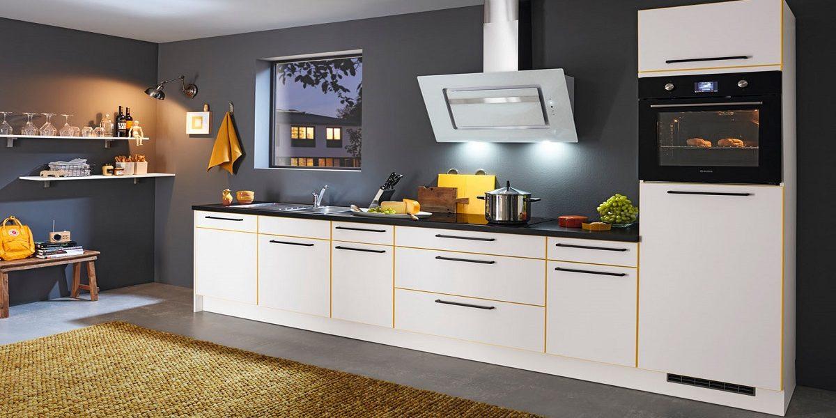 Weiße Küche mit Licht-Orange Kante, Burger
